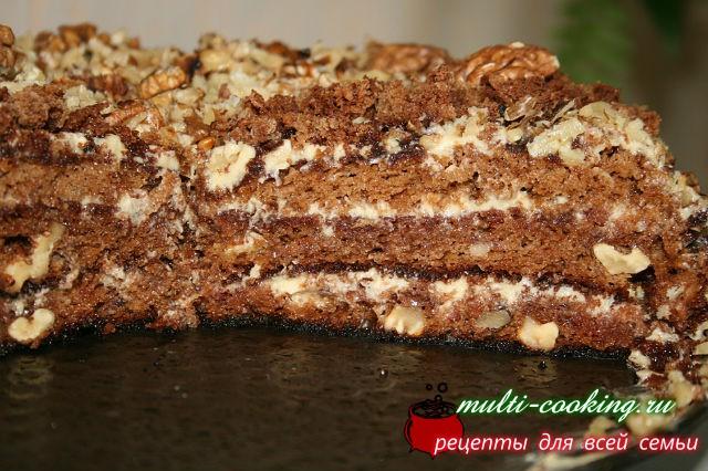 Торт Медовик с черносливом